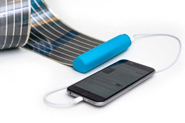 HeLi-on compact Solar Charger