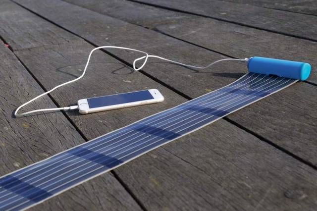 HeLi-on compact Solar Charger (3)