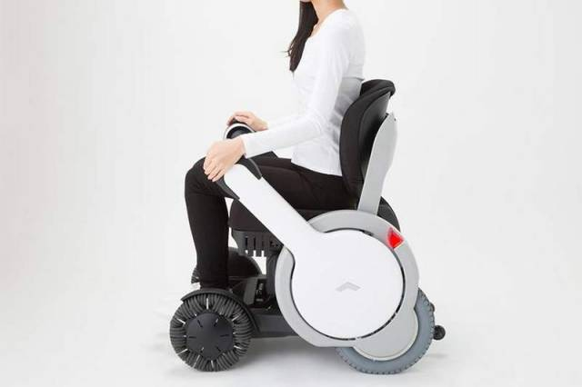 Whill personal mobility device (4)