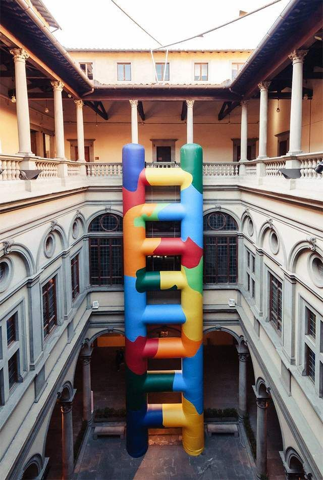 Inflated technicolor ladder within Palazzo Strozzi (4)