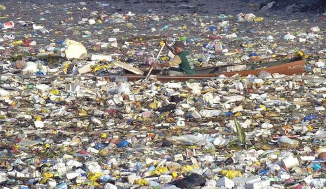 Plastic Trash to exceed Fish