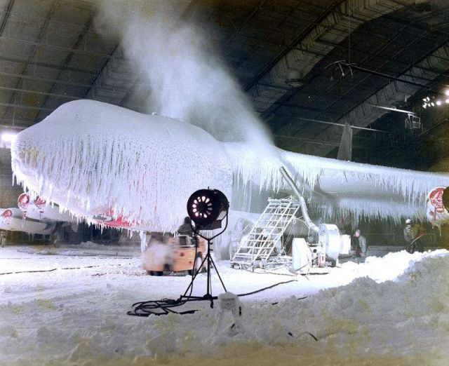 Testing Combat Aircraft to Withstand A Blizzard (3)