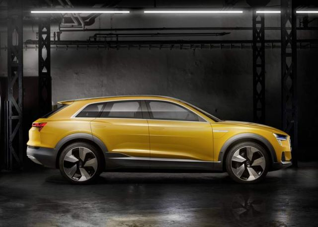 The Hydrogen powered Audi H-Tron quattro concept (3)