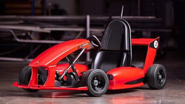 Electric Go-Kart Is a Tesla for kids (1)