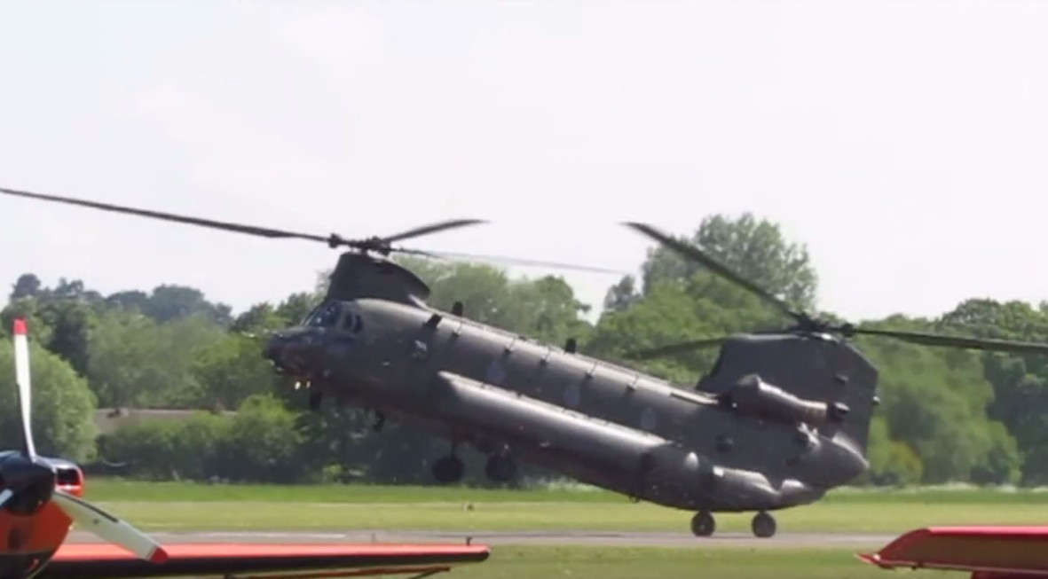 Helicopter chinook