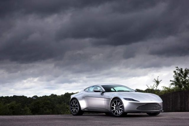 James Bond's Aston Martin DB10 (2)