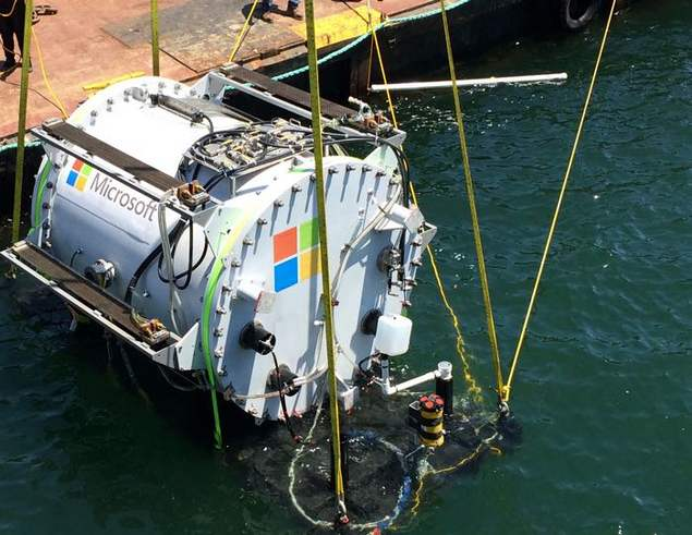 Microsoft Underwater Data Center