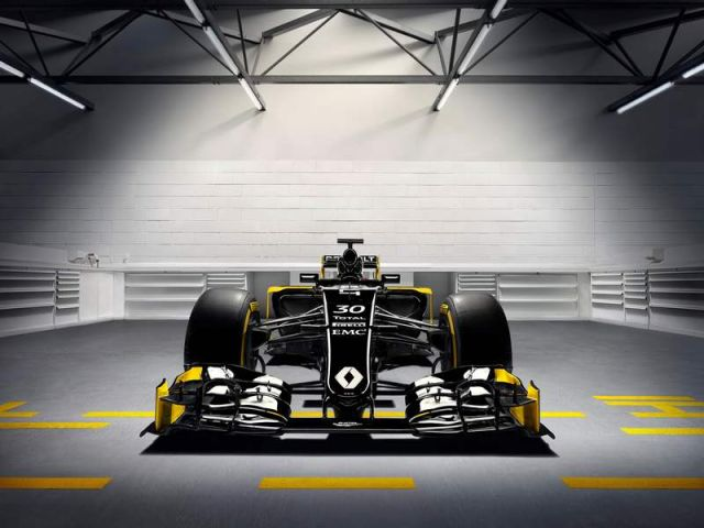 Renault new Formula 1 car (3)