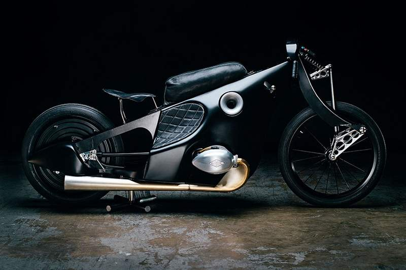 Revival BMW Landspeeder Motorcycle (6)