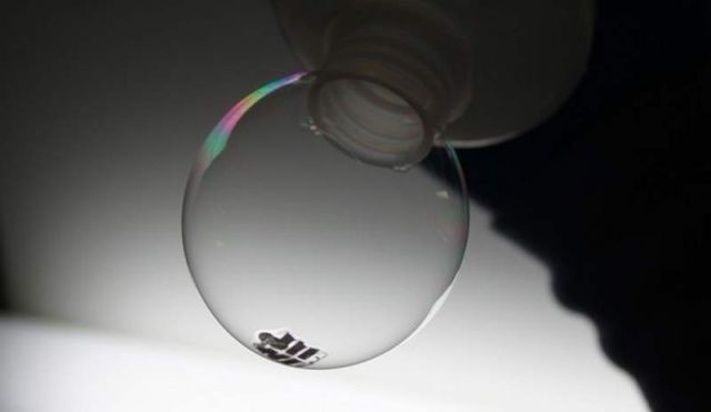 Solar Cells so light that can be placed on top of soap bubble