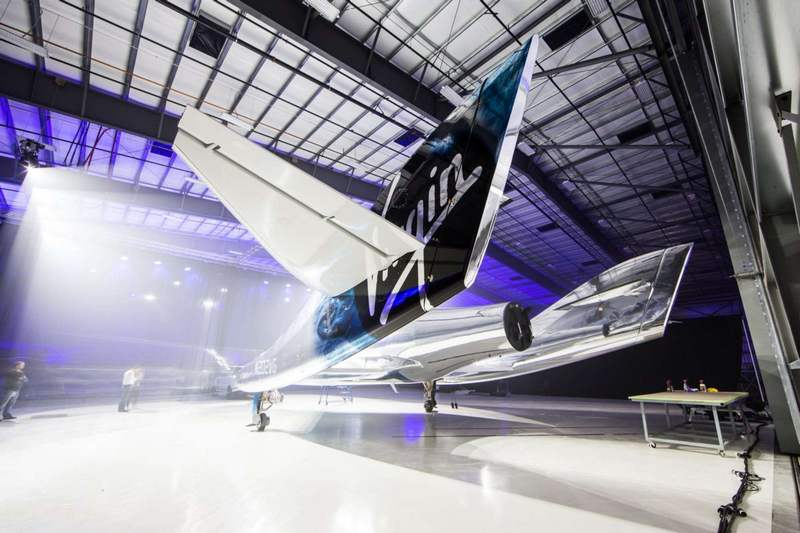 Virgin Galactic new SpaceShipTwo (4)