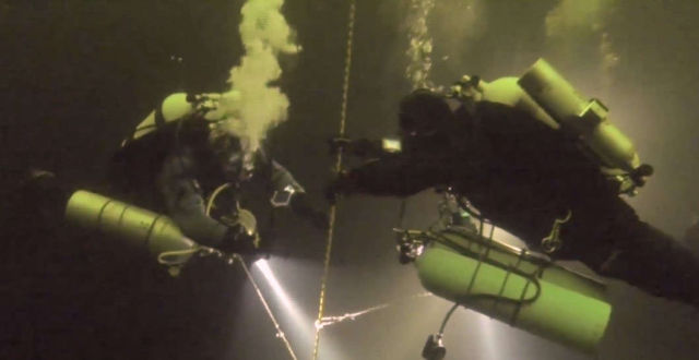 New world record for Deepest Dive under Ice
