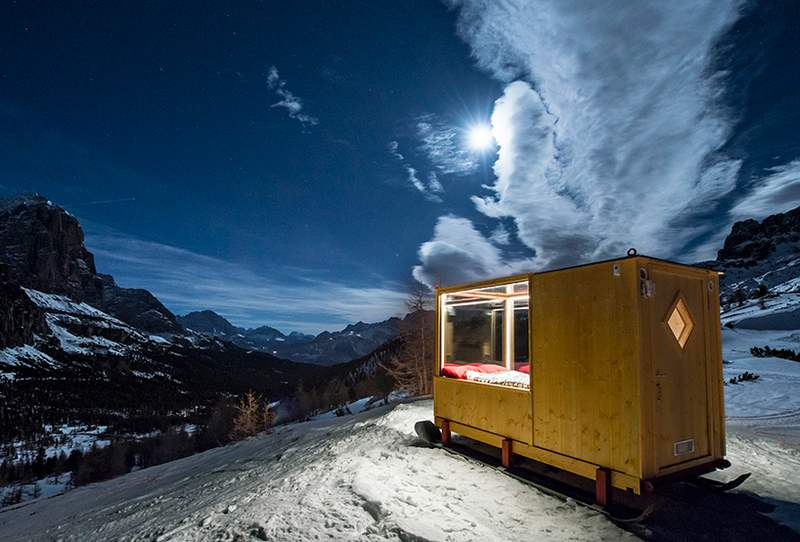 Tiny Starlight Room in the Dolomites (9)