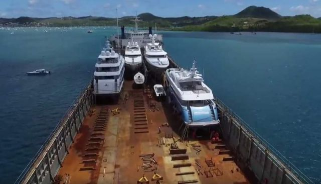 Yacht Carrier sinks and then rises to Transport them (5)