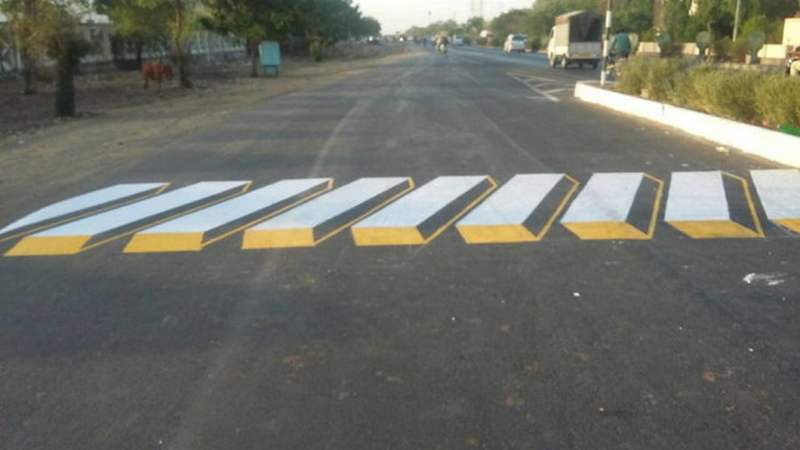 India will use 3D Paintings as Speed Breakers