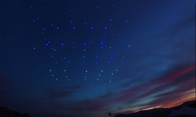 Drone 100 lights up the Palm Springs Sky (1)