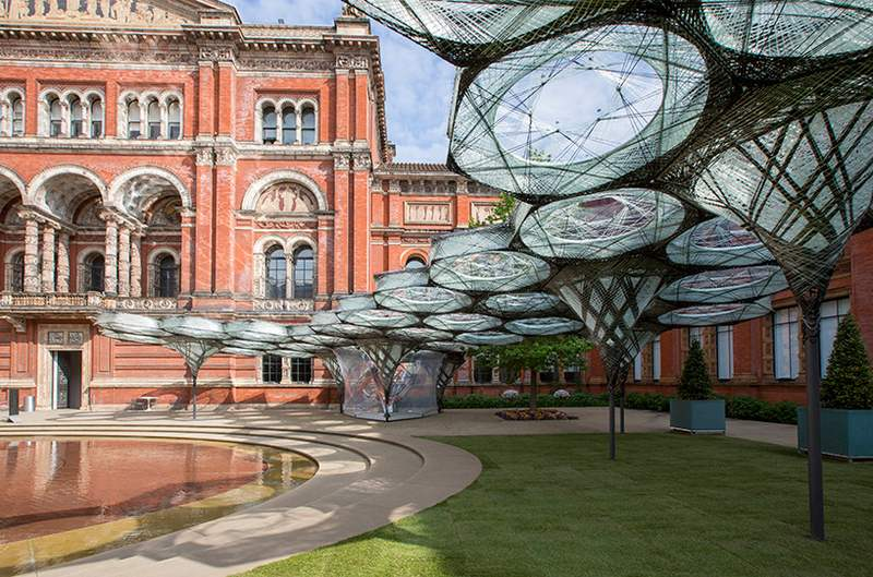 Elytra Filament Pavilion at the V&A Museum (7)