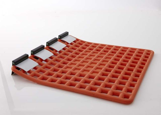 Instant Relief - innovative Lifeboat (2)
