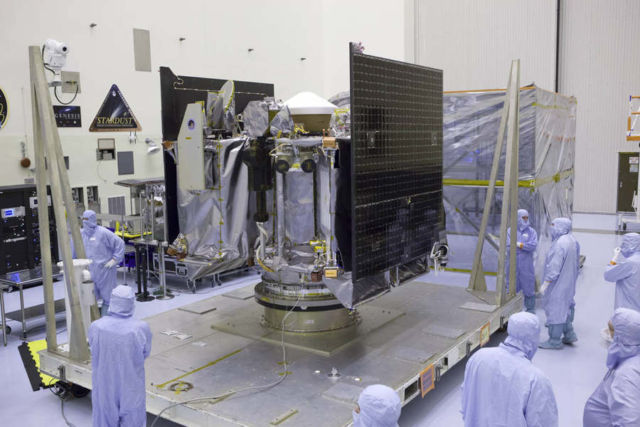 OSIRIS-REx Spacecraft prepared for mission to an Asteroid