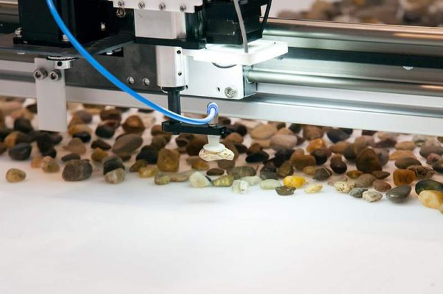 Robotic installation sorts Pebbles based on their Geological Age (2)