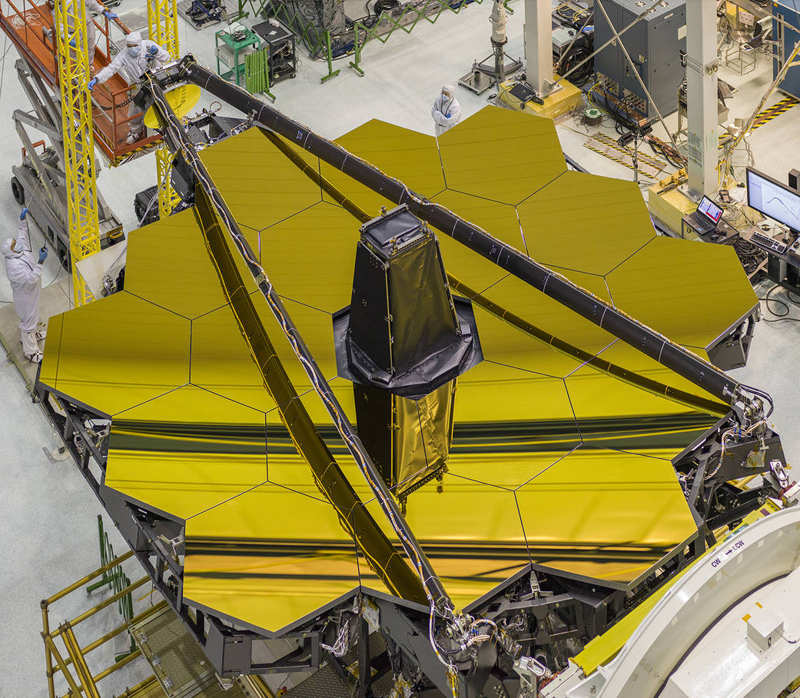 The Golden Mirror of James Webb Space Telescope