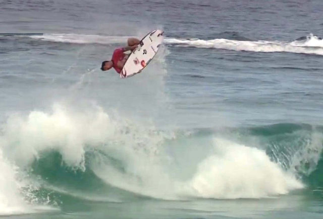 Watch this surfer performing a perfect Back Flip