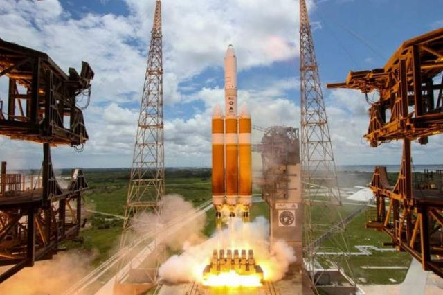 Delta IV Heavy world's Largest Rocket Launch (7)