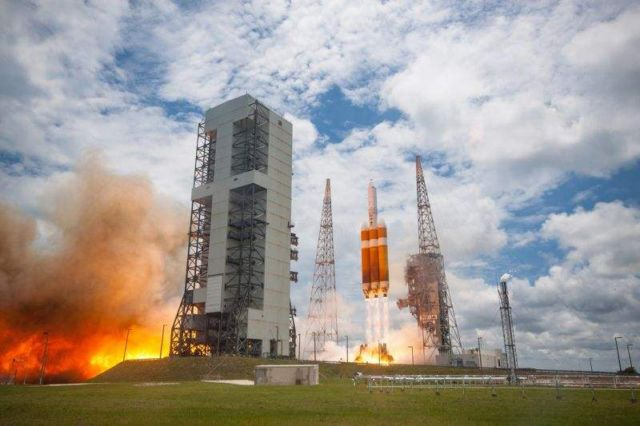 Delta IV Heavy world's Largest Rocket Launch (6)