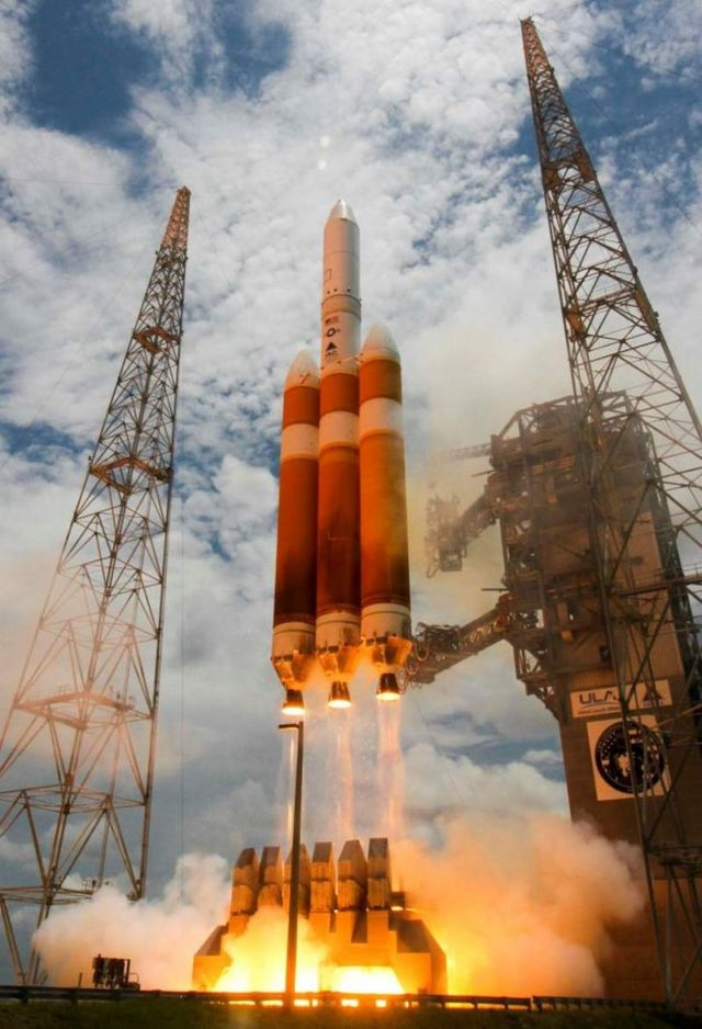 Delta IV Heavy world's Largest Rocket Launch (4)