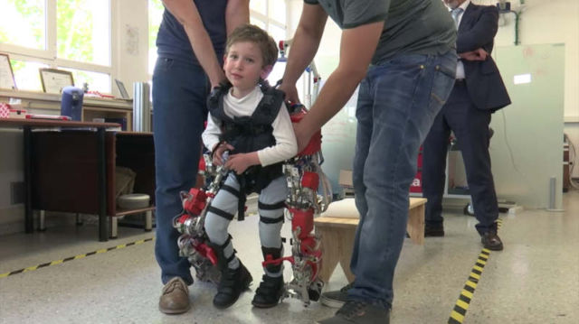 First child-exoskeleton for spinal muscular atrophy