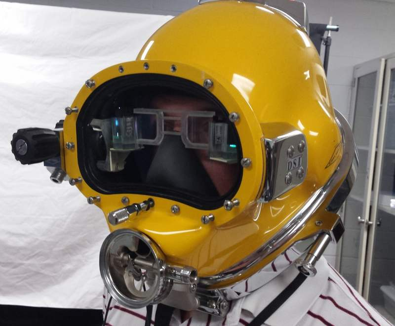 Futuristic Next Generation HUD for Diving Helmet