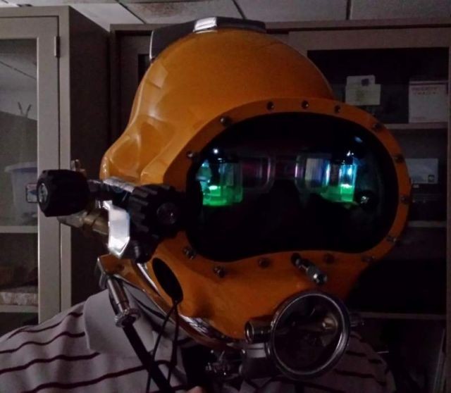 Futuristic Next Generation HUD for Diving Helmets