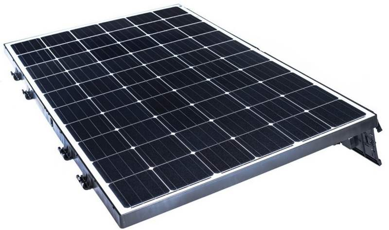 Lightweight solar panels for flat roofs