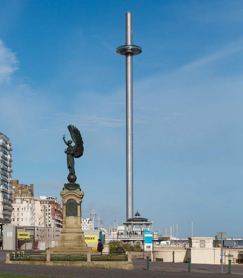 The 138 meters British Airways i360 Pod (4)