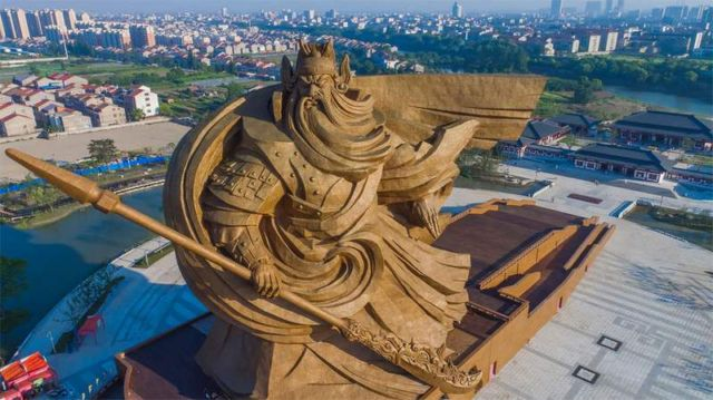 Ancient warrior/god Guan Yu statue (4)