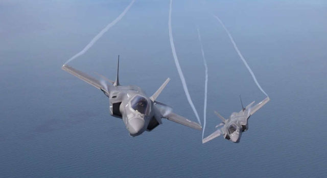F-35 - Flight, Hover and Vertical Landing (1)