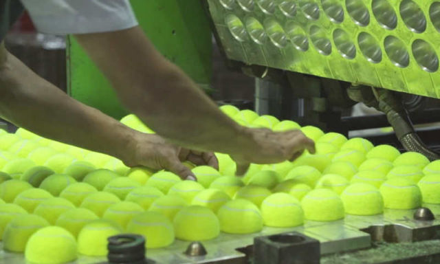 The making of a Tennis Ball (1)