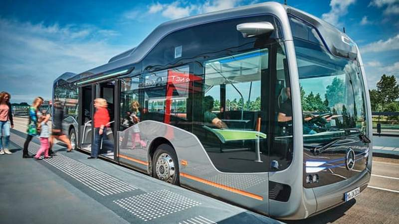 Mercedes-Benz Self-driving Future Bus (6)