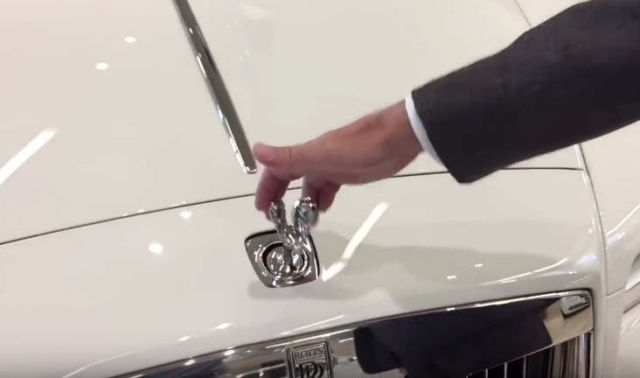 Can you Steal the Rolls-Royce hood ornament (1)