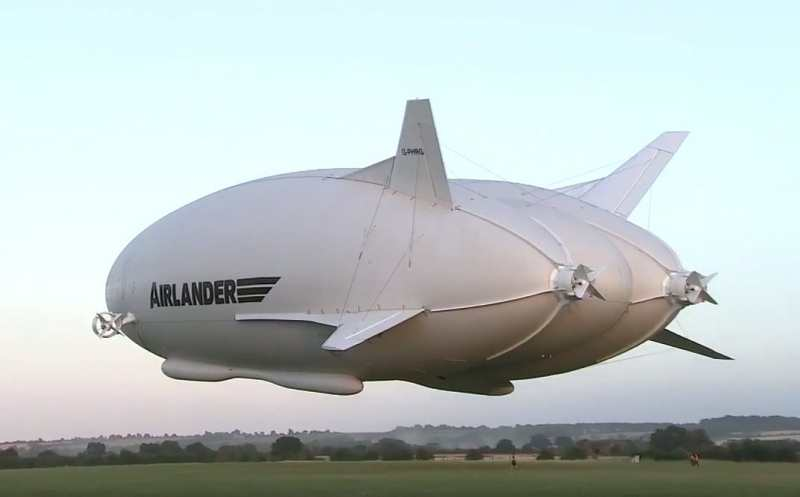 Hybrid Airship takes its first flight