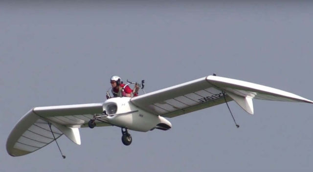 Jet Glider Flies for the first time (1)