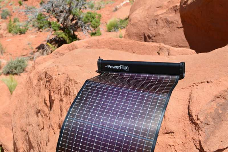 LightSaver Max- Portable Solar Charger (5)