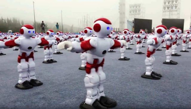 Most robots dancing simultaneously (1)