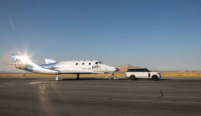 Virgin Galactic is licensed to send tourists into space  (1)