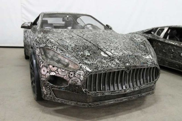 Iconic Cars created from Recycled Metals (6)