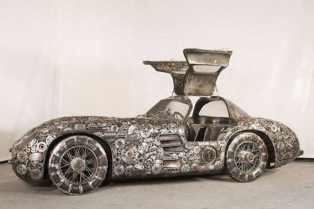 Iconic Cars created from Recycled Metals (2)
