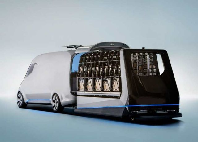 Mercedes unveils Drone-equipped Delivery Van (10)