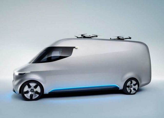 Mercedes unveils Drone-equipped Delivery Van (9)