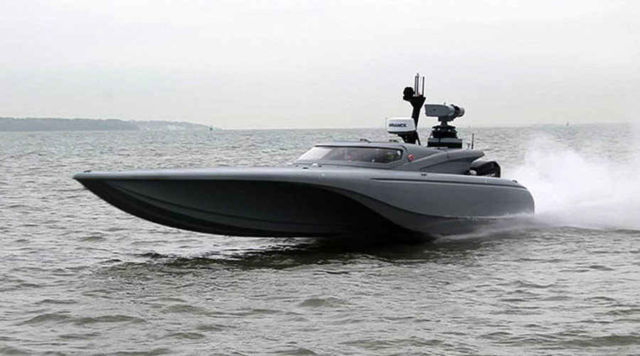 The new Bladerunner unmanned drone boat, tested (1)