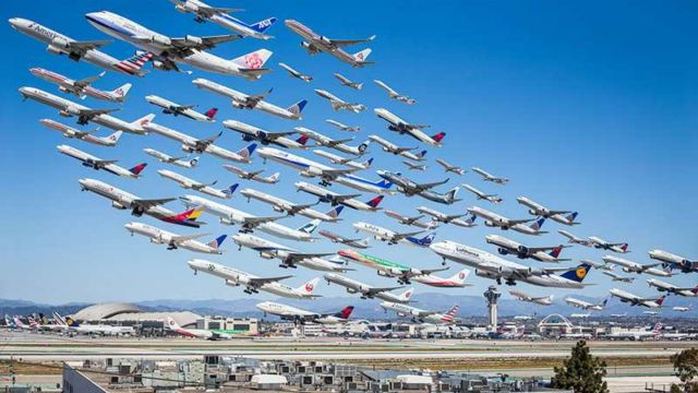 Images of Air Traffic around the World